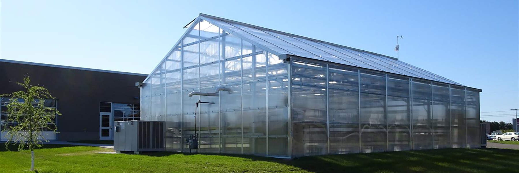 polycarbonate greenhouse foundation