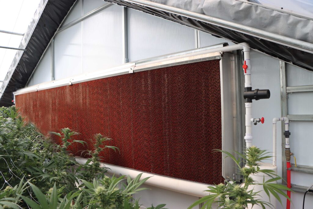 Evaporative wall on a S750